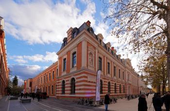 Commission de sécurité au Quai des Savoirs à Toulouse, le 14/11/2017 à 19h
